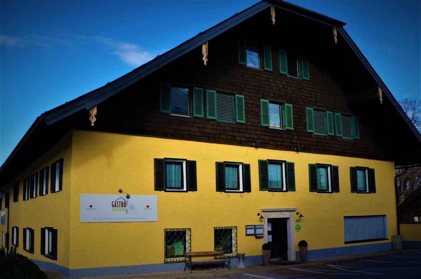 Hausfront Gasthaus Zur Strass